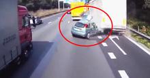 Trafikte Makas Atarken Feci Kaza